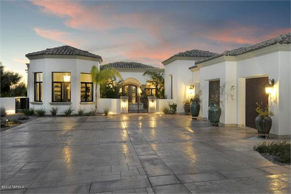 Luxury-Outdoor-Home-Automation